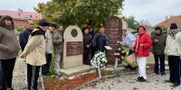 Návšteva miestneho cintorína v Hornom Bare-zapaľovanie sviečok za duše zosnulých